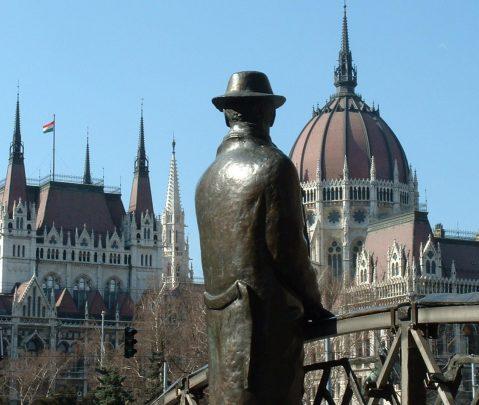 Kommentar zum Gedenktag der Vertreibung der Ungarndeutschen