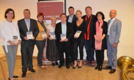 """""""Sprachinsel Piringsdorf"""": neues burgenländisch-heanzisches Mundartbuch vorgestellt"""