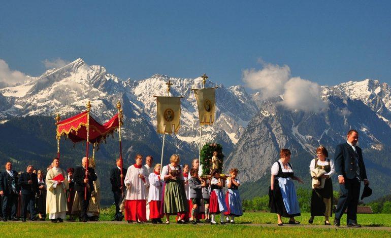Positives Beispiel: Ein Kreuz für jede staatliche Behörde in Bayern