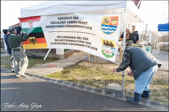 Kleine Brötchen für das große Ziel: Deutsche Selbstverwaltung Rácalmás im Gespräch