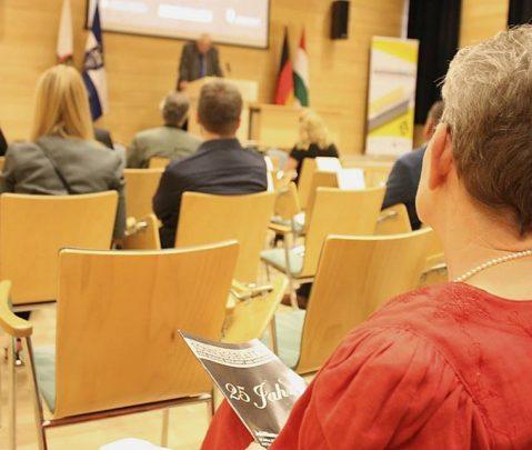 """Schwob, vergiss dei' Red' net!"" JBG und Sonntagsblatt feiern 25-jähriges Jubiläum"