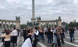 Mikrozensus 2016: Fast ein Fünftel der Angehörigen der deutschen Nationalität lebt in der Hauptstadt