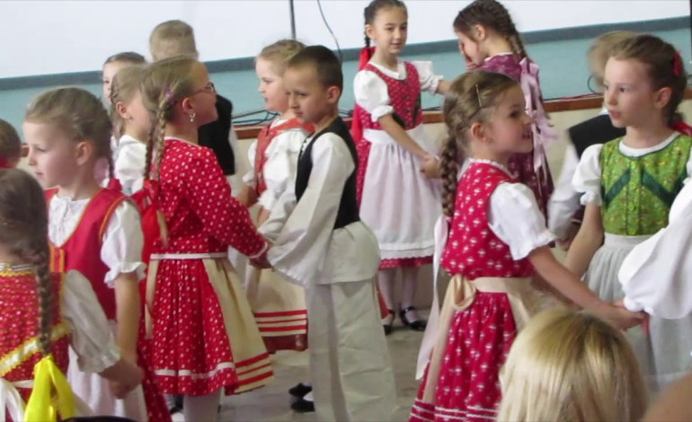 Slowakische Schule  im madjarischen Dorf: Schulstreit in Rohovce/Nagyszarva