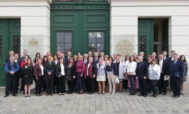 Die Abgeordneten der Landesselbstverwaltung der Ungarndeutschen übernahmen ihre Mandate