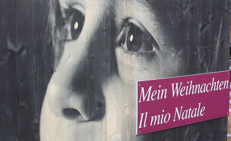 Wenn der tévémaci jó éjszakát winscht - HVG-Artikel beschäftigt sich mit dem Alltag bilingualer Familien