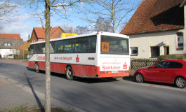 Mit dem Schulbus ziehen sie aus Ungarn aus