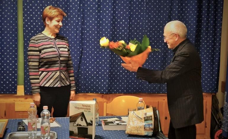 Auszeichnung einer unabhängigen und mutigen Historikerin